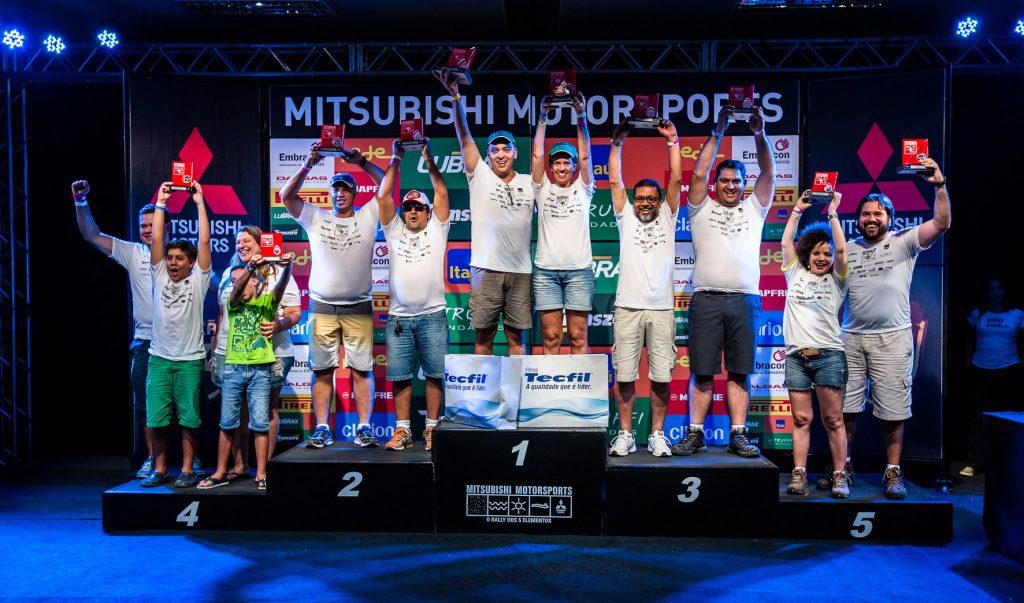 Pódio da categoria Turismo Light Crédito: Tom Papp / Mitsubishi