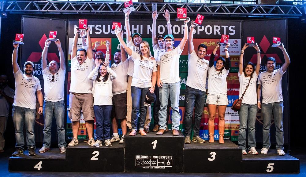 Pódio da categoria Turismo Light Crédito: Ricardo Leizer / Mitsubishi