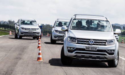 Território Amarok promove curso inédito no Brasil de direção segura