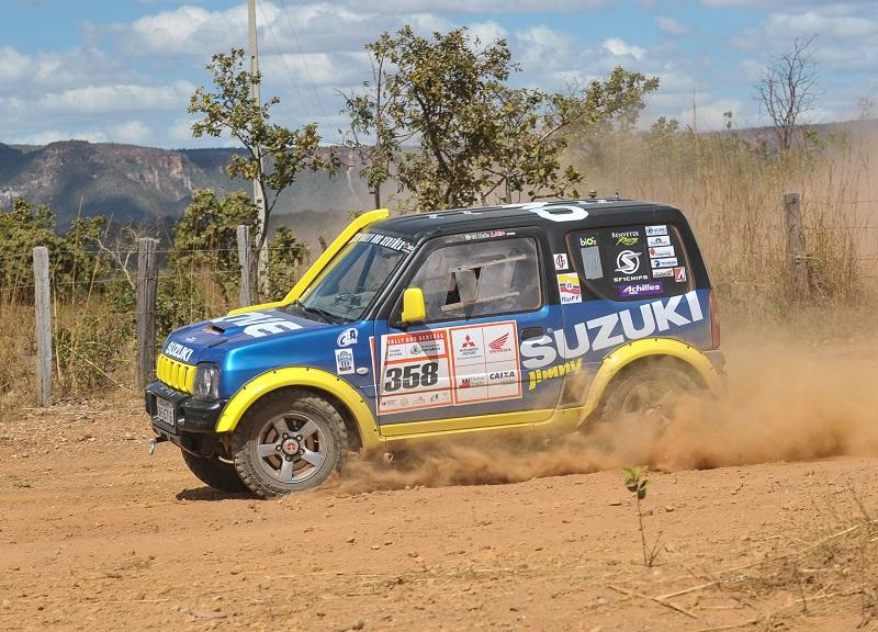 Di Nolé completa desafio sem equipe de apoio e sobe no pódio do Rally dos Sertões